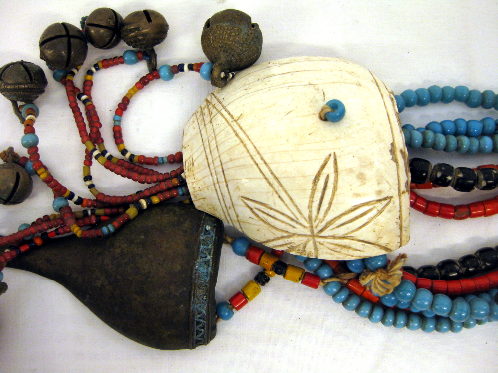 Naga Halskette
