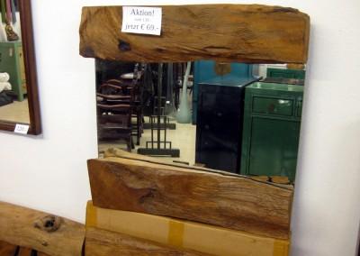 Rustikaler Spiegel