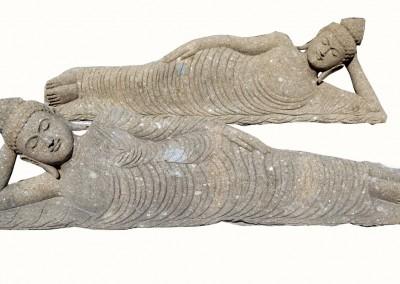 Liegender Buddha, frostsicherer Lavastein