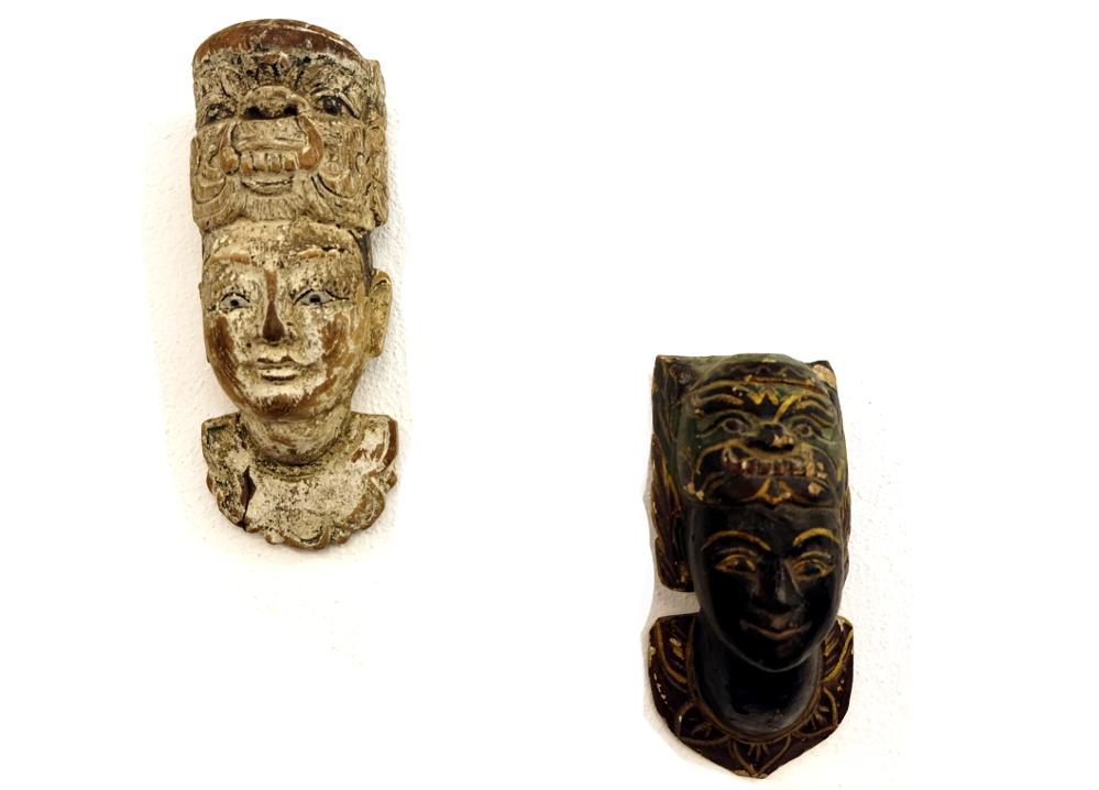 Kopf mit Garuda-Maske
