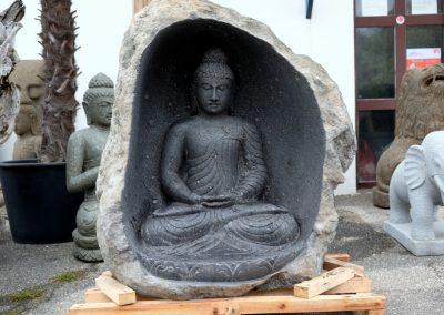 Cave Buddha, Riverstone