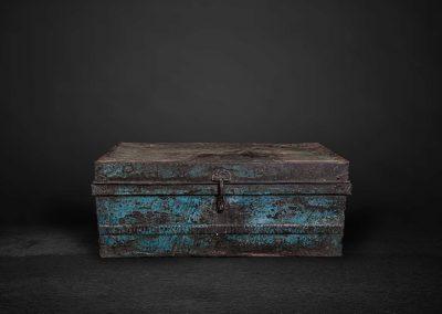 Iron Box, Koffer