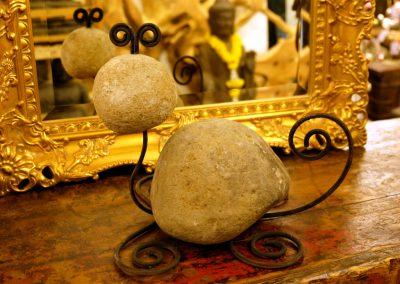 Steinfigur Maus für Garten und Beet