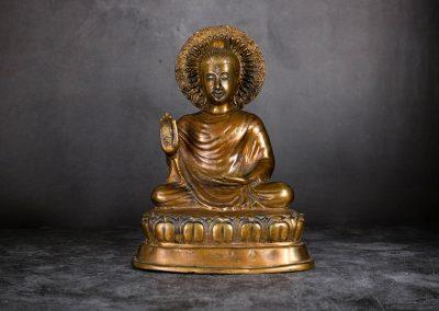 Buddha mit Sonnen-Mandala