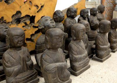 Mönche aus Stein