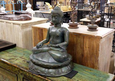 Buddha earthtouching