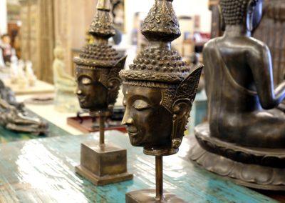 Buddhakopf auf Ständer